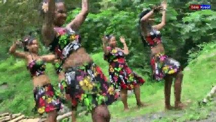 tele kréol en live de Ile de la reunion island (AUTO-RECORD) (2015-11-20 09:15:33 - 2015-11-20 09:41:52)