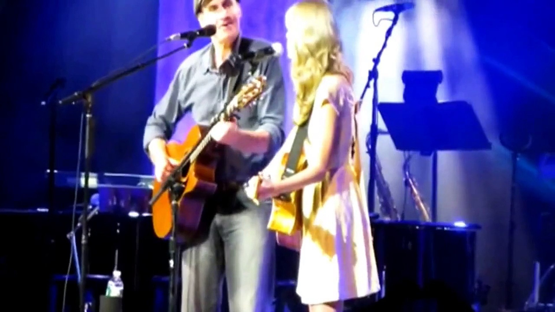 Taylor Swift Concert With James Taylor (her namesake)