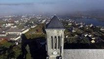 Eglise Saint Symphorien de Montjean sur Loire, vue par drone en automne, Pays de La Loire, France (13)