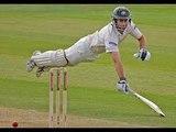 Funny cricket run out, India vs Australia 2001 Pune