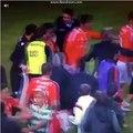Jardel dá um EMPURRÃO a Raul José no final do derbi da Taça