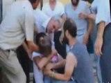 VIDEO RRENQETHESE NGA SIRIA BABAI QAN NGA GEZIMI KUR GJEN DJALIN QE E DINTE TE VDEKUR