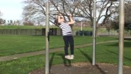 11-Year-Old Girl Does 21 Pull Ups