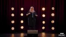 Adele participe à son propre concours de sosie