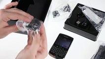 BlackBerry Bold 9700 unboxing