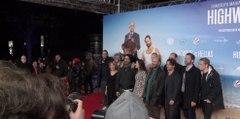 """""""Highway to Hellas"""": Premiere im winterlichen Berlin"""