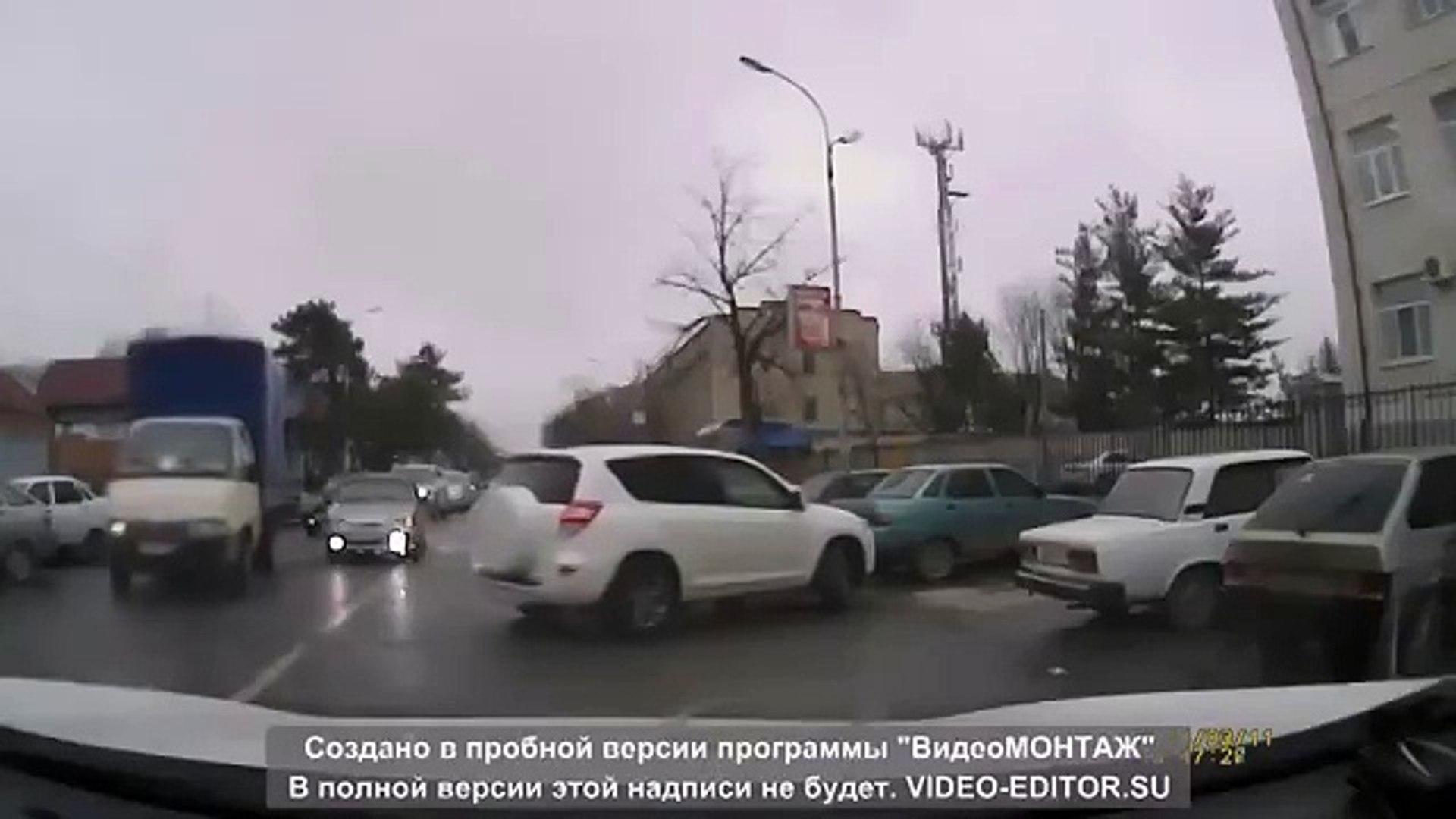 Права купила, а водить не купила, не продали!))))