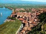 Survol de la ville de Tournon au siècle dernier