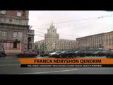 Franca ndryshon qendrim - Top Channel Albania - News - Lajme
