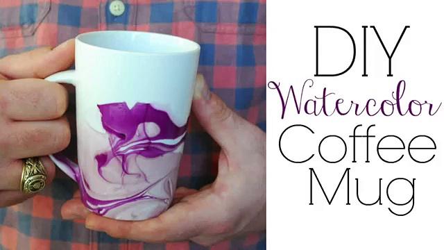 Easy DIY Gifts – Watercolor Coffee Mugs