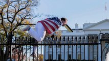 White House fence jumper left suicide note