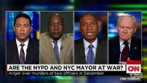 Tensions Rise between NYPD and NYC Mayor Bill de Blasio - Police TURN THEIR BACKS Before C