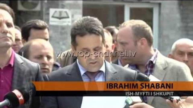 Sulmohet Bashkësia Fetare Islame - Top Channel Albania - News - Lajme