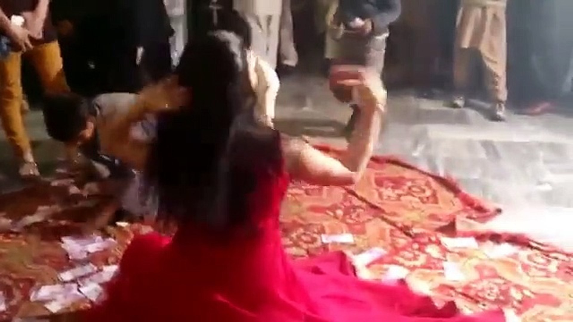 Deedar New Mujra 2016 Pakistani Sexy Dance saraiki jhankar Girls Dance Beautiful Dance