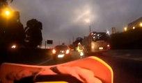 Course poursuite folle à 150 km/h entre un motard policier et deux voleurs