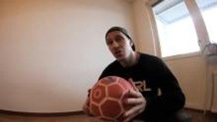 How to juggle a football