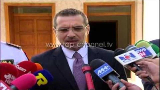 Tahiri në Lezhë: Shtim të kapacitetit të policisë - Top Channel Albania - News - Lajme