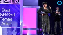Jill Scott Receives Soul Train Awards' First Ever Lady of Soul Award