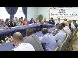 Protestë kundër kasës fiskale - Top Channel Albania - News - Lajme