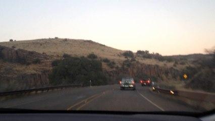 Camino entre montanias