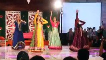 ERUM UMAR MEHNDI Dance 2014 -