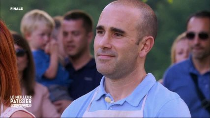 Cyril est élu meilleur pâtissier de l'année !