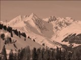 Montagne : Une épaisse couche de neige pour cet hiver ? Images paysages spectaculaires – Ski / Sport d'hiver