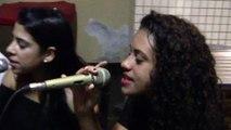 Grupo Pá God canta músicas religiosas católicas