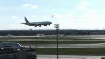 Un Boeing 777 a une envie pressante