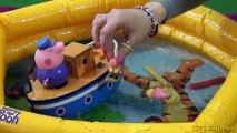 Peppa Pig Grandpa Pig Bathtime Boat Bandai Grandpa Peppa and George Bathtime Crayons
