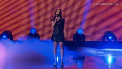 The Game Awards 2015 - Stefanie Joosten performs  Quiet s Theme de Metal Gear Solid V : The Phantom Pain
