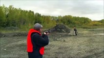 stupid Idiot with Gun .. un abruti avec une arme
