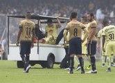 Javier Güemez se fait casser la jambe par Javier Cortez