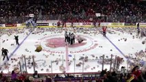 Hockey :  Près de 30 000 peluches lancées sur la glace !