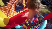 [JOUET] Château gonflable au bord de leau Studio Bubble Tea unboxing inflatable castle