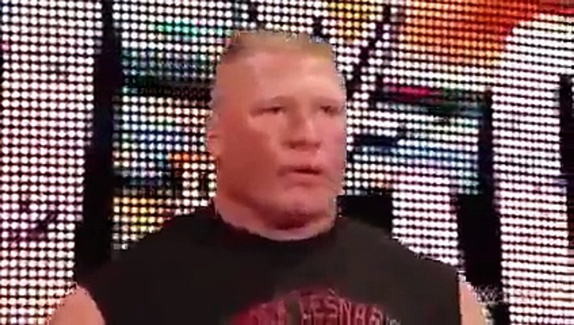 WWE RAW - Brock Lesnar confronts The Undertaker before Hell in a Cell - WWE October 2015 - Video Dai