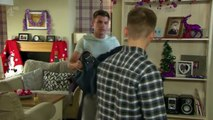 Ste and Harry   kiss 24th