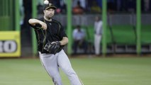 AP: Mets Make Infield Moves