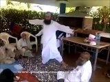 What Maulana Tariq Jameel is Doing in His Friends Gathering