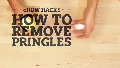 The Trick to Removing Pringles From a Can