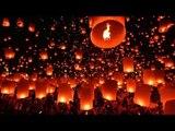 Conoce el festival que ilumina el cielo con cientos de linternas flotantes cada año