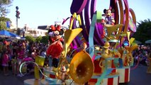 Mickeys Soundsational Parade in Disneyland at one of the best spots to film it!!
