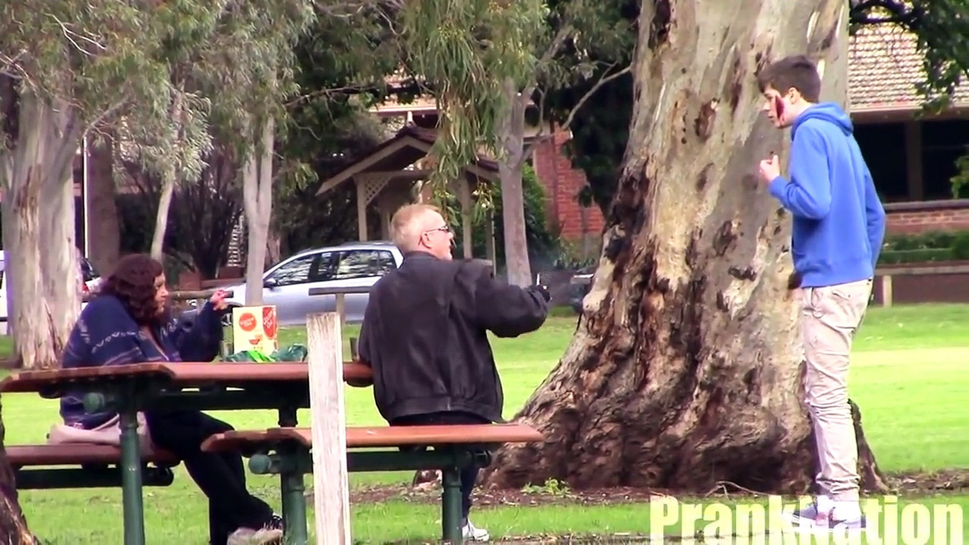 Sliced Face Prank - Public Pranks - Funny Pranks 2014