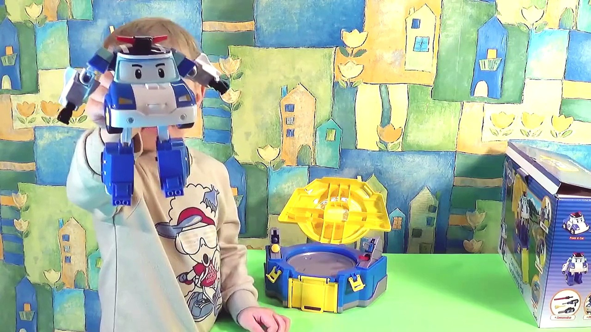 Robocar Poli Led Transforming Playset Poli and little boy Danik. Робокар Поли