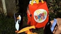 Mac Donald's Happy meal penguins of madagascar toys pingüinos Pingouins Pingwiny In English: Penguins of Madagascar In Arabic: بطاريق مدغشقر (فيلم) In German: Die Pinguine aus Madagascar In Spanish: Los pingüinos de Madagascar