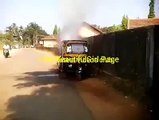Yesterday Auto Catches Fire. What Happens To Driver Is SHOCKING[via torchbrowser.com]