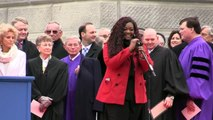 American Idols Candice Glover sings the National Anthem