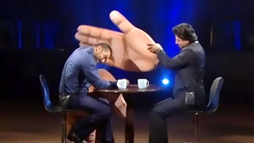 Salman Khan & Shahrukh Khan Share AMAZING Chemistry | Bigg Boss 9 | 19th December, 2015