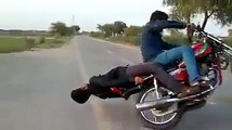 OMG!!! What is the Rider doing ??