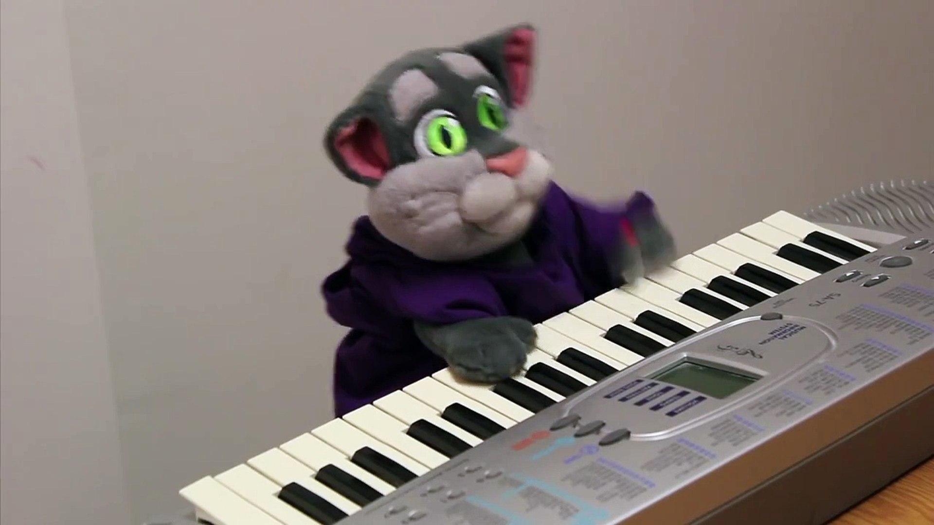 Keyboard Talking Tom
